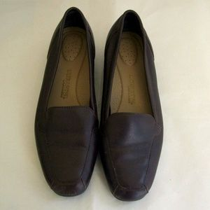 Brown Leather Ultra Soft Red Cross Loafers 7.5W